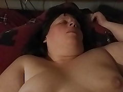 Plumper Wifey masturbating with her toy.