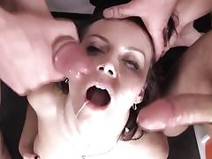 Threeway hardcore fucking in 4 way